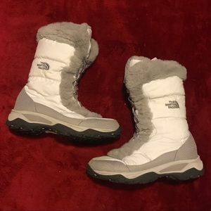 The North Face Insulated Snow boots winter size 6